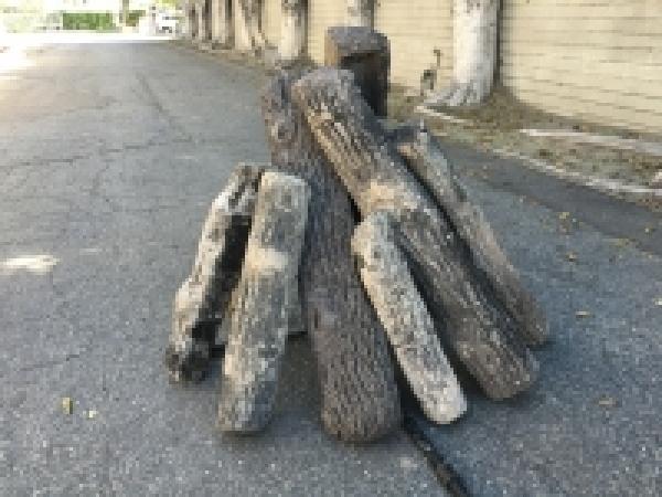 Ceramic Fire Logs Image